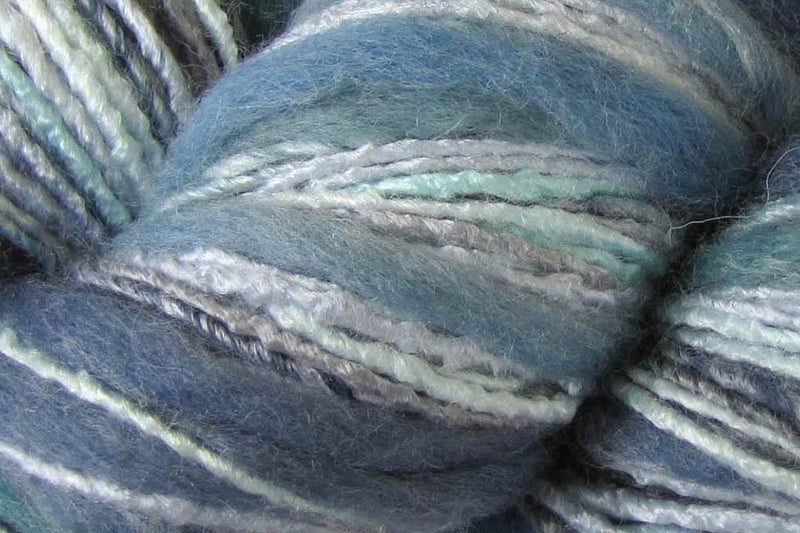Bamboo Bloom Handpaints Yarn Universal Yarn 310 Fuji