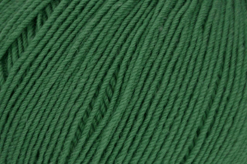 Bella Cash Yarn Universal Yarn 125 Emerald