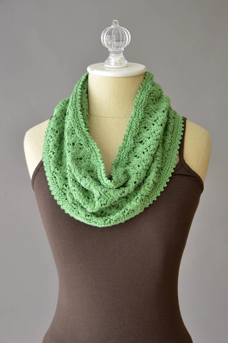 Chasing Vines Cowl