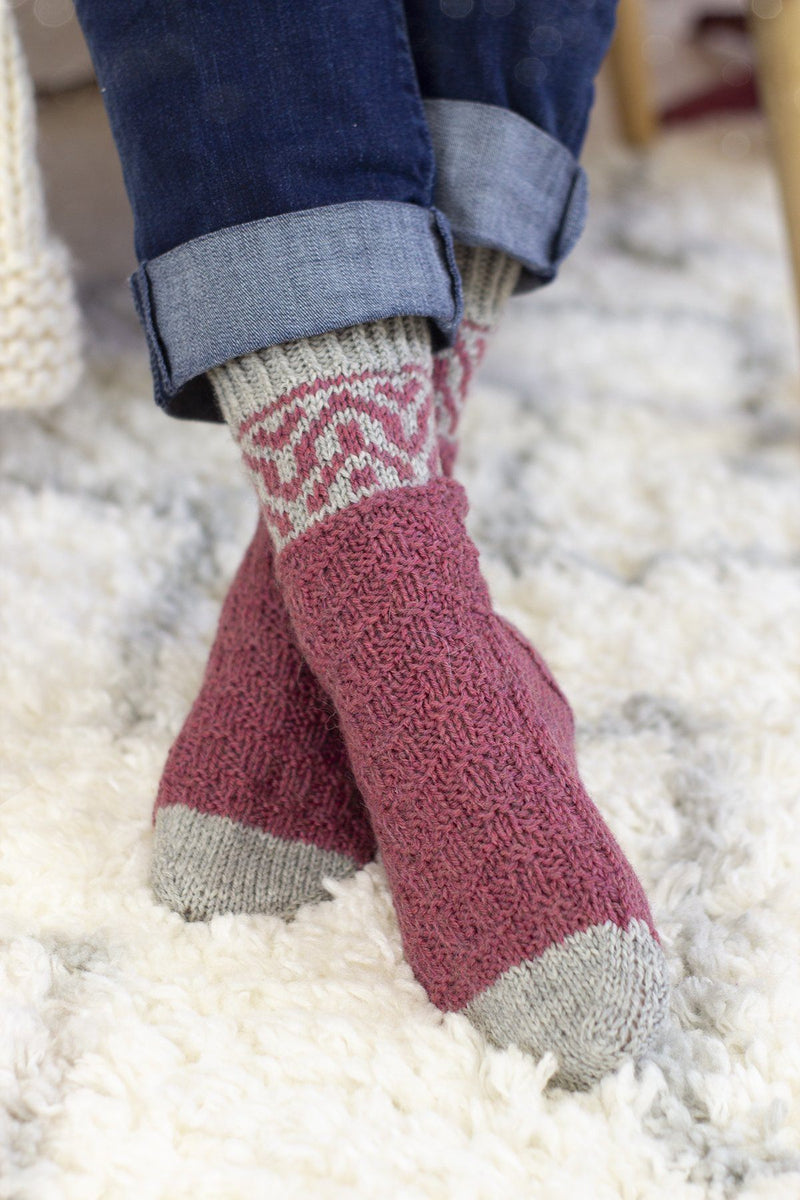 Save 12 Days - Chimney Socks Kit Universal Yarn