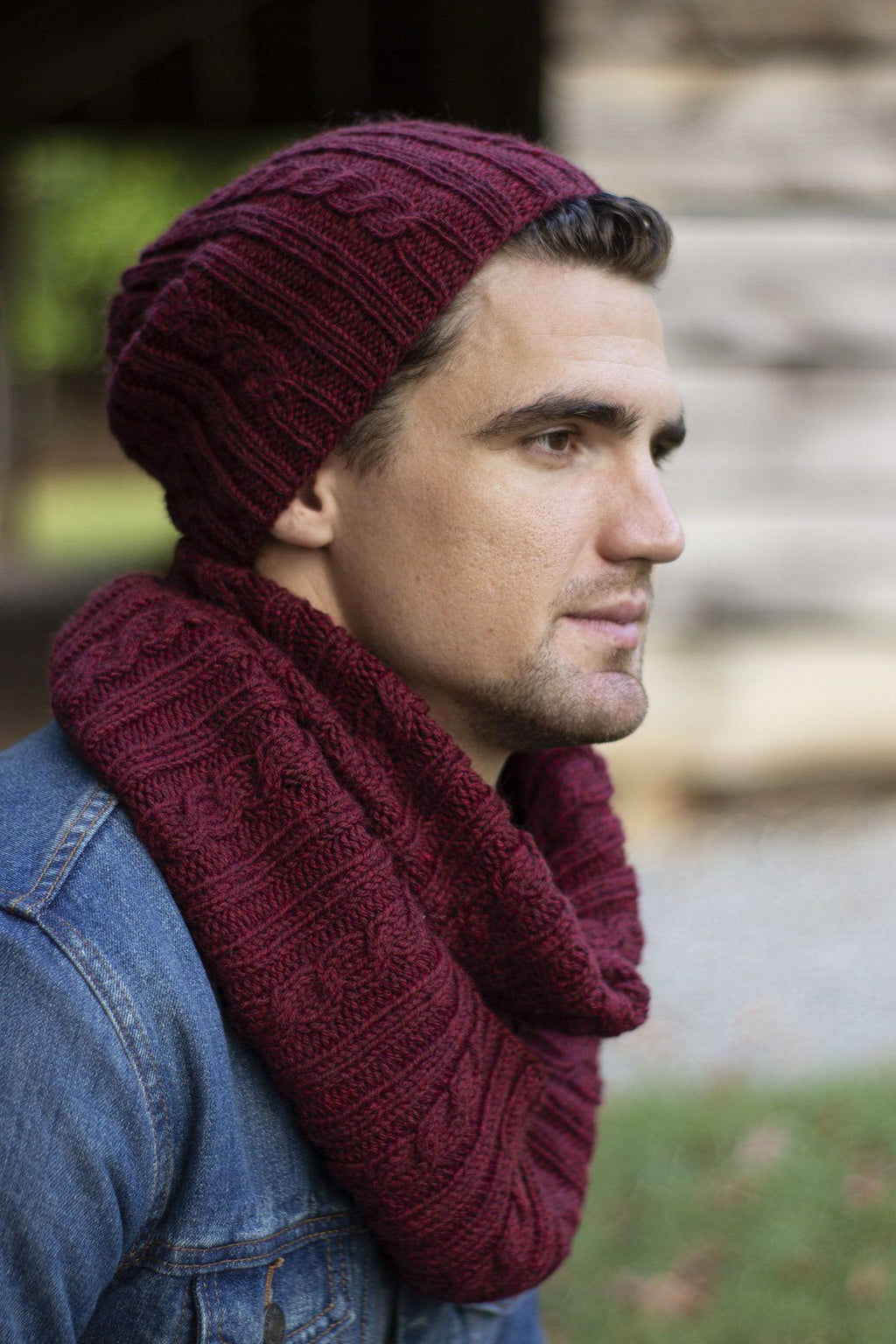 Compass Hat & Cowl Pattern Universal Yarn