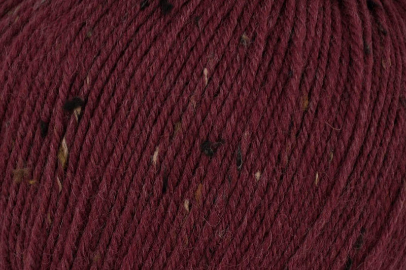 Deluxe Worsted Tweed Yarn Universal Yarn 919 Merlot