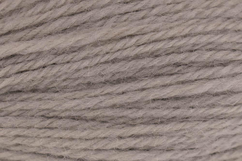 Deluxe Worsted- Last Chance Colors Yarn Universal Yarn 71006 White Ash