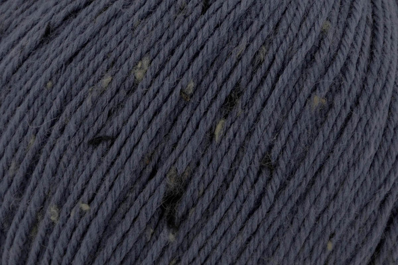 Deluxe Worsted Tweed Yarn Universal Yarn 907 Denim