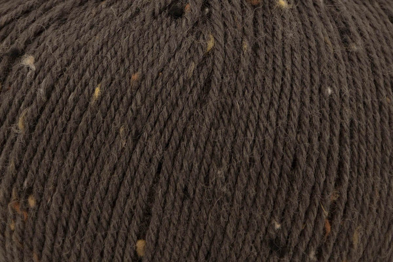 Deluxe Worsted Tweed Yarn Universal Yarn 911 Walnut