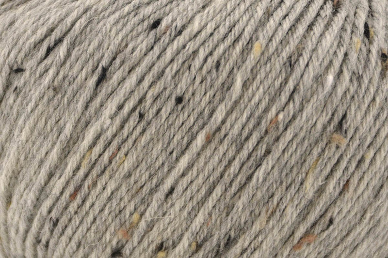 Deluxe Worsted Tweed Yarn Universal Yarn 913 Smoke