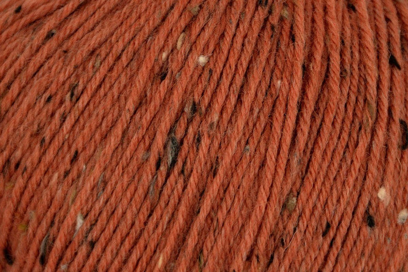 Deluxe Worsted Tweed Yarn Universal Yarn 918 Terra Cotta