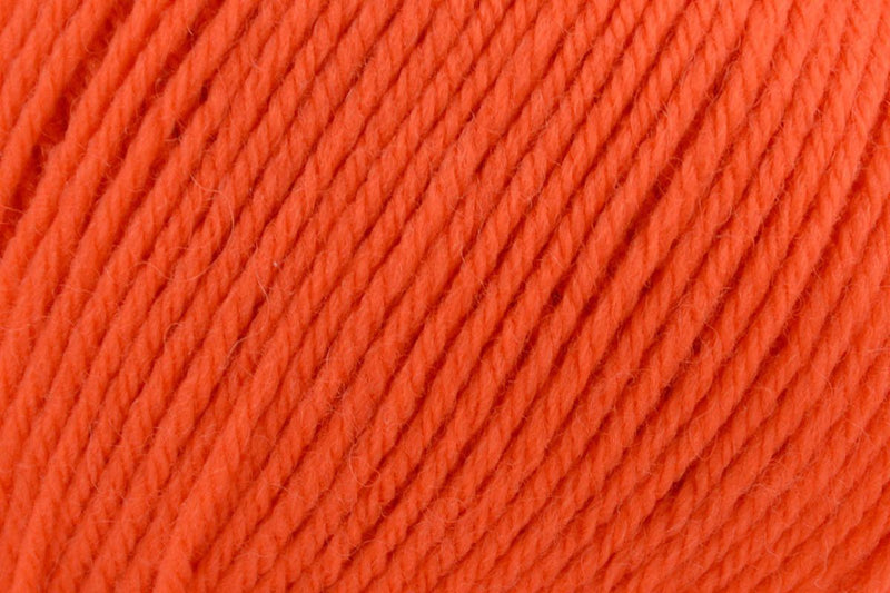 Deluxe Worsted Superwash Yarn Universal Yarn 702 Autumn Orange