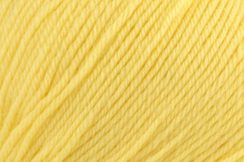 Deluxe Worsted Superwash Yarn Universal Yarn 708 Butter