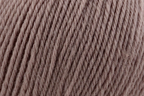 Deluxe Bulky Superwash Yarn Universal Yarn 931 Burrow