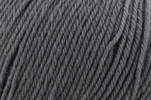 Deluxe Worsted Superwash Yarn Universal Yarn 733 Sweatshirt Grey