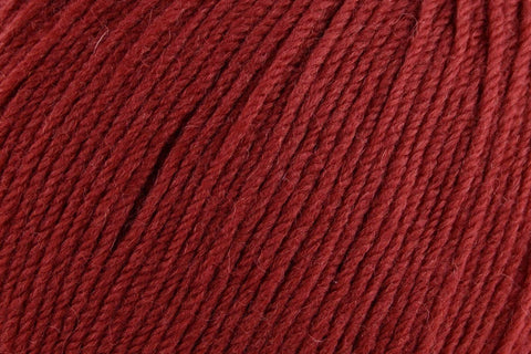 Deluxe Worsted Superwash Yarn Universal Yarn 737 Sangria