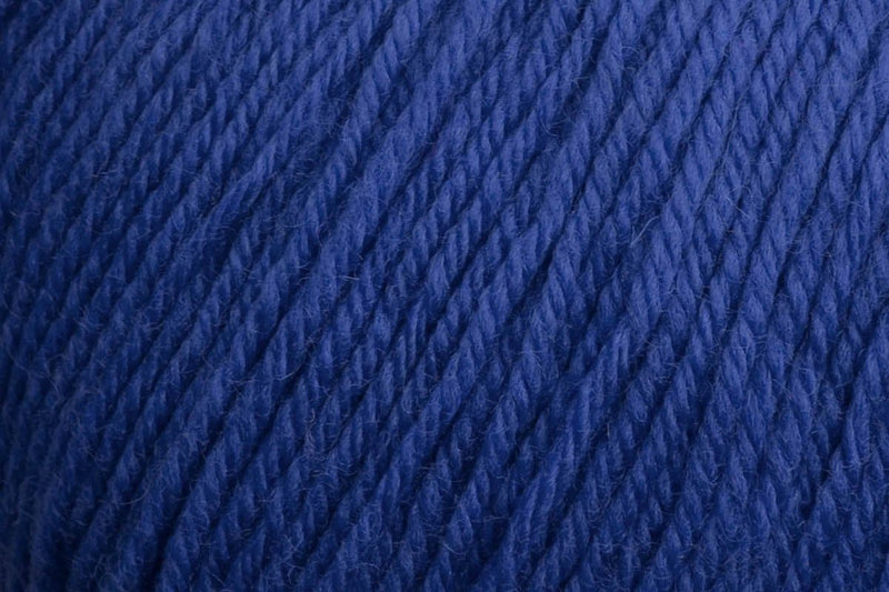 Deluxe Worsted Superwash Yarn Universal Yarn 745 Cobalt