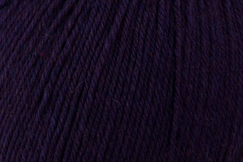 Deluxe Bulky Superwash Yarn Universal Yarn 947 Mulberry Heather
