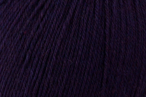 Deluxe Worsted Superwash Yarn Universal Yarn 755 Mulberry Heather