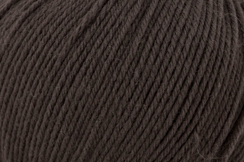 Deluxe Worsted Superwash Yarn Universal Yarn 761 Cavern
