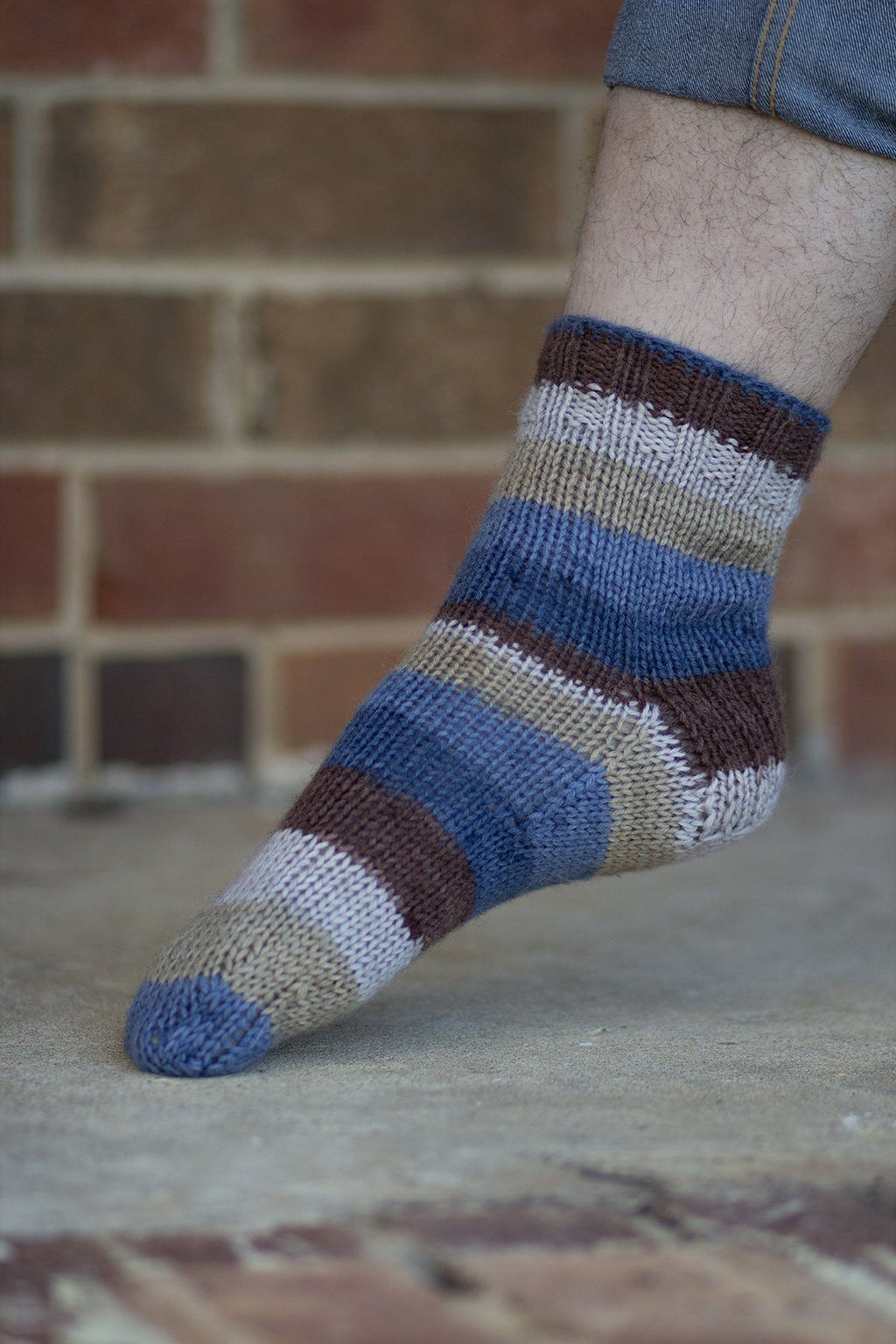 Deluxe Socks Pattern Universal Yarn