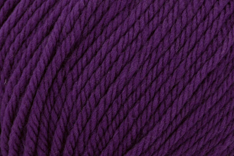 Deluxe Bulky Superwash Yarn Universal Yarn 938 Mulberry