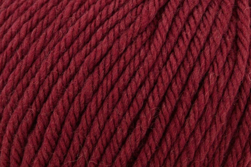 Deluxe Bulky Superwash Yarn Universal Yarn 939 Burgundy