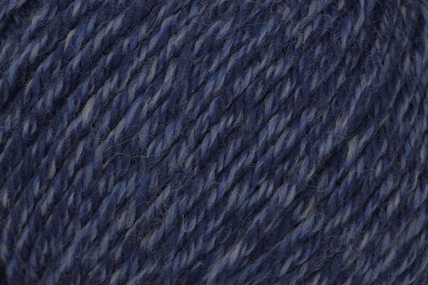 Deluxe Bulky Superwash Yarn Universal Yarn 952 Twilight Rustic