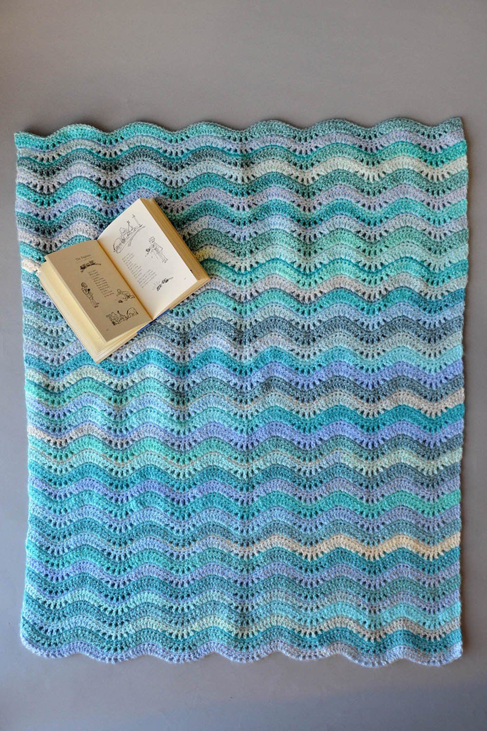 Inchworm Baby Blanket Pattern Universal Yarn
