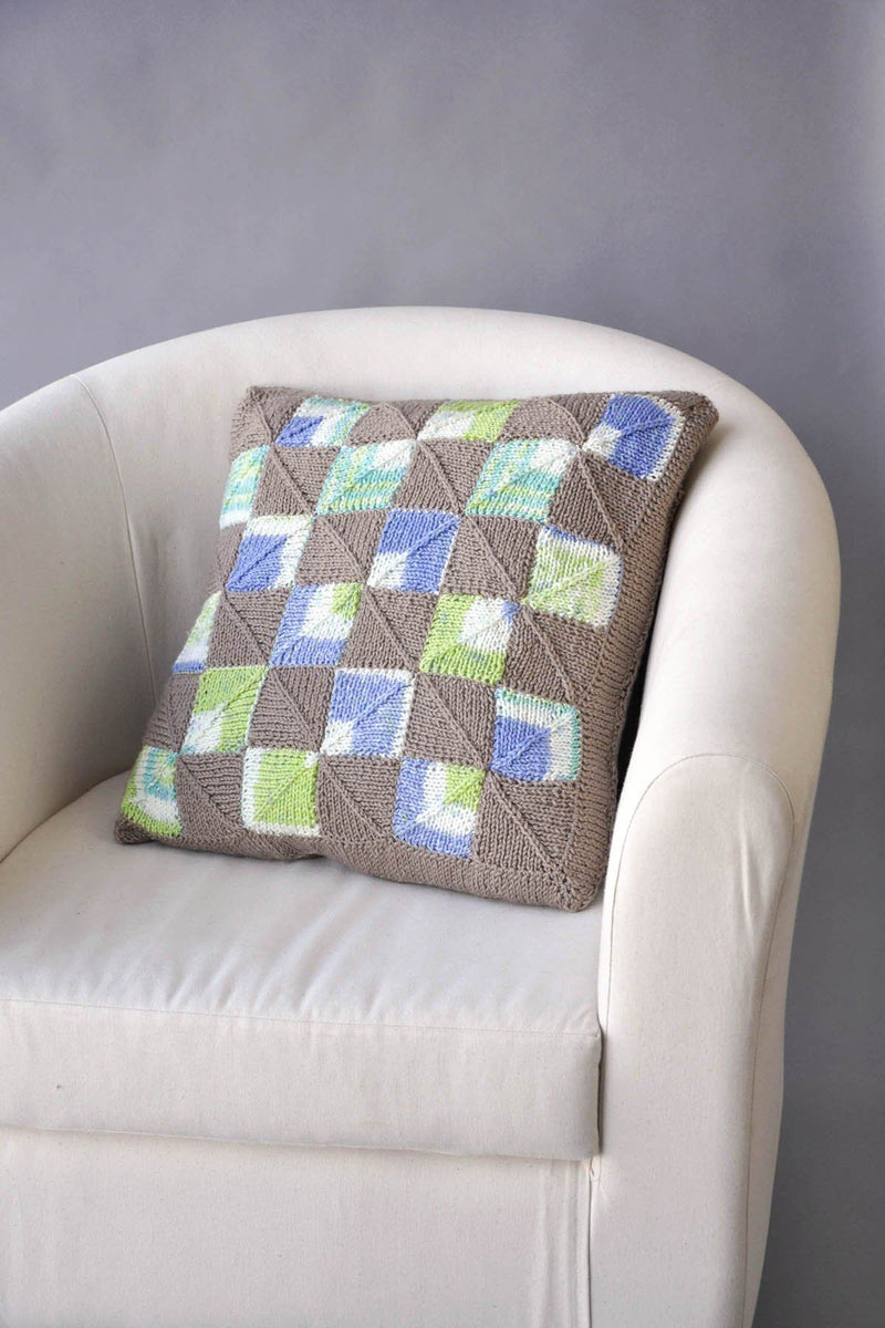 Double Square pillow Pattern Universal Yarn