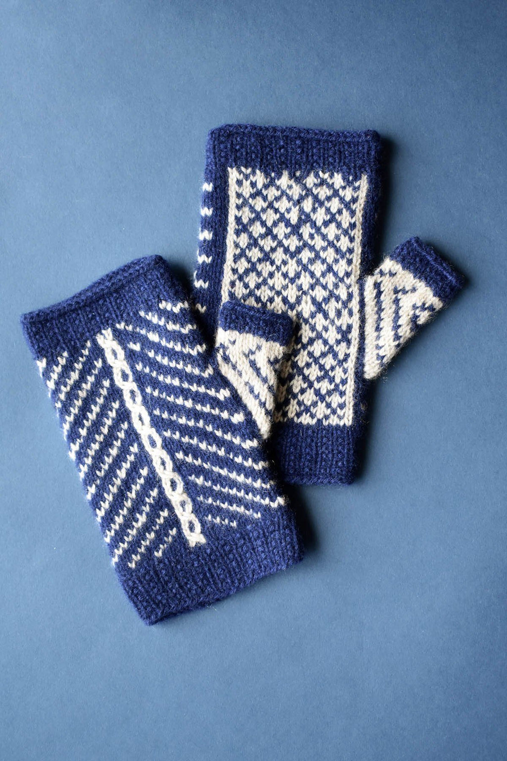 Diamanté Mitts Pattern Fibra Natura