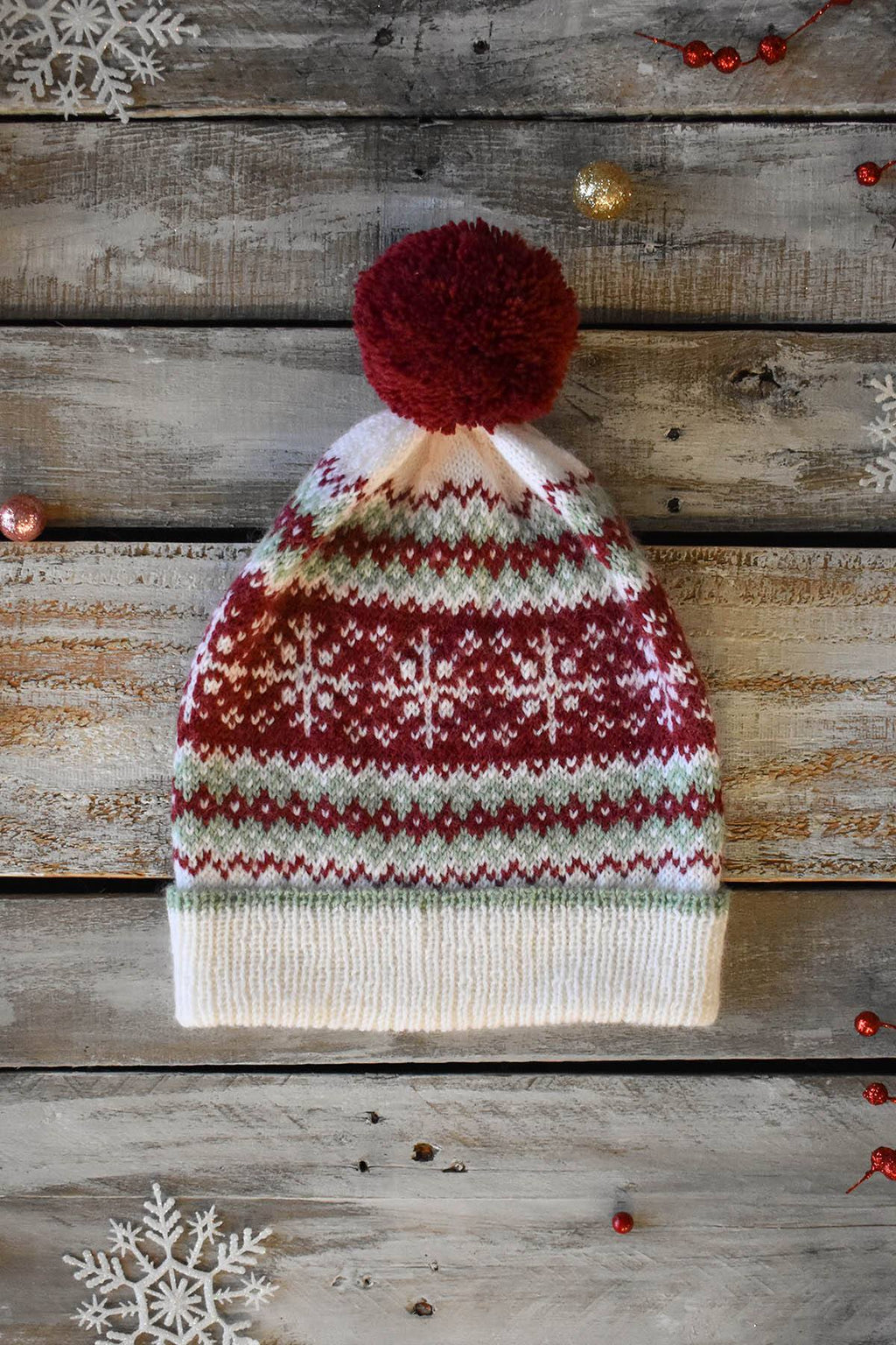 12 Days - Peppermint Bark Hat Kit Kit Universal Yarn