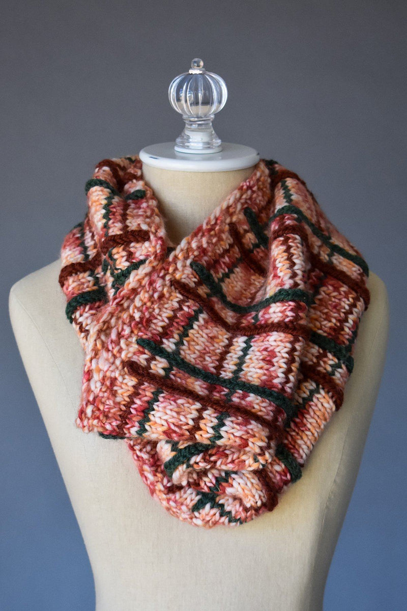 Plaid Cowl Pattern Rozetti Yarns