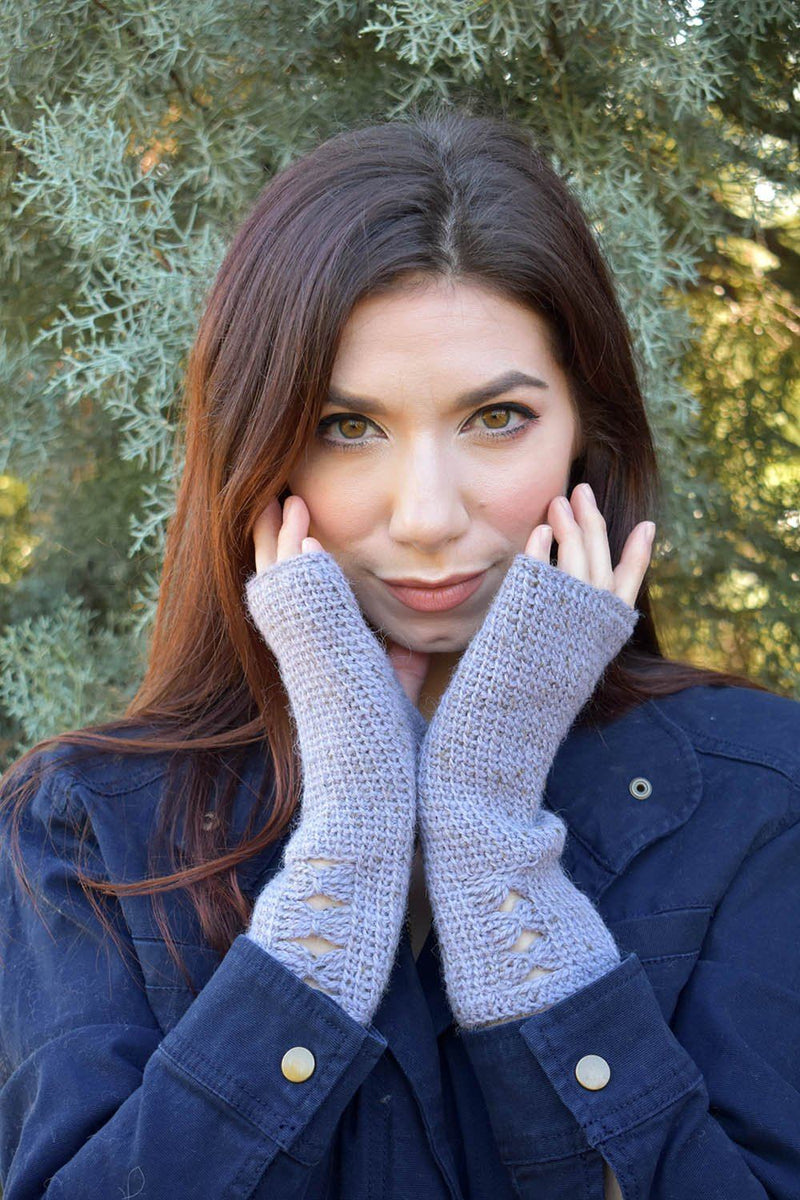 Ribbon Mitts Pattern Universal Yarn