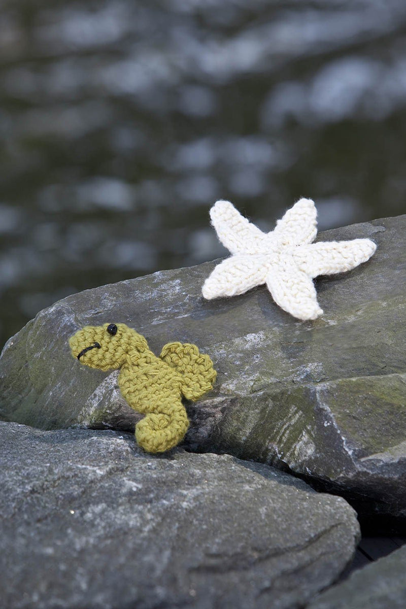 Seahorse and Starfish Pattern Universal Yarn
