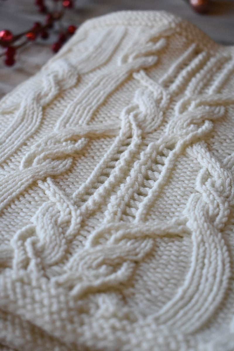12 Days - Snowdrift Cowl Kit Kit Universal Yarn
