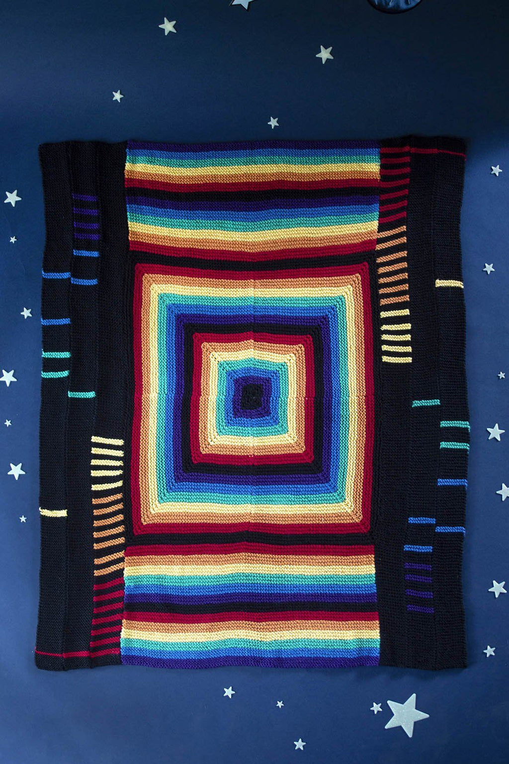 Spectral Throw Pattern Universal Yarn
