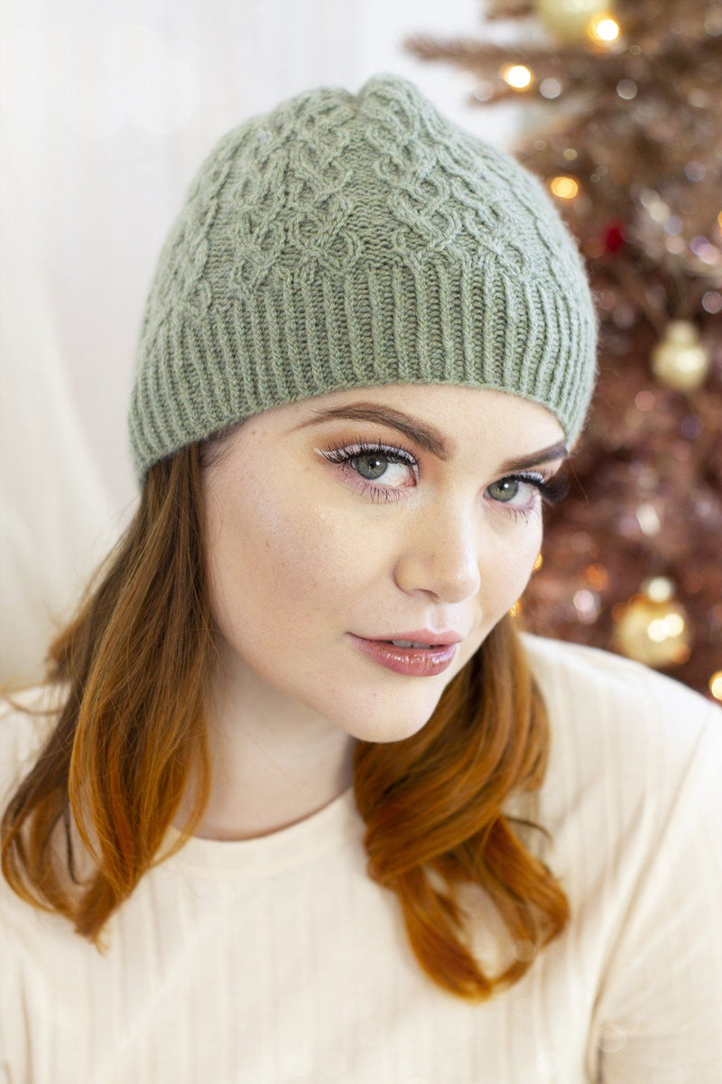 12 Days - Sugar and Sage Hats & Mittens Kit Universal Yarn