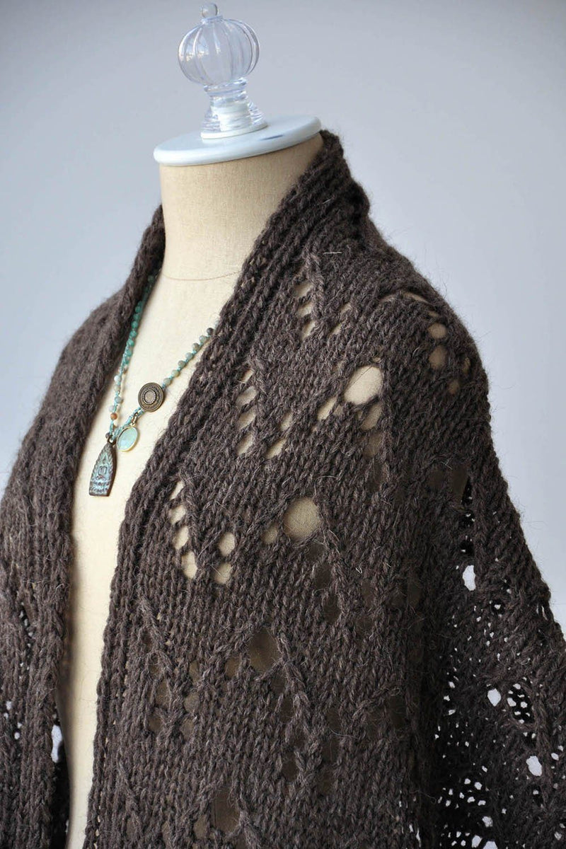 Waving Lace Stole Pattern Universal Yarn