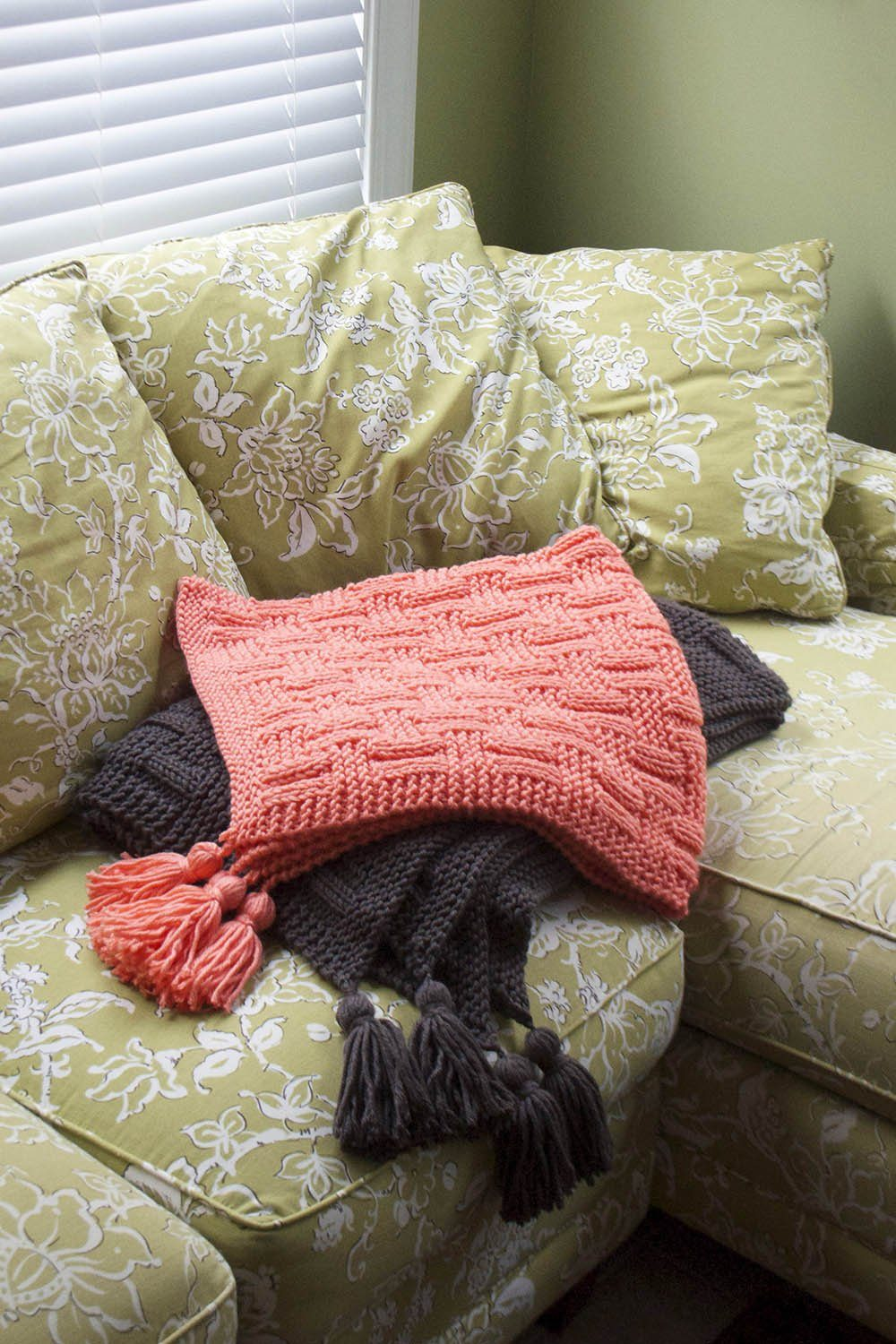 Woven Rectangles Pattern Universal Yarn