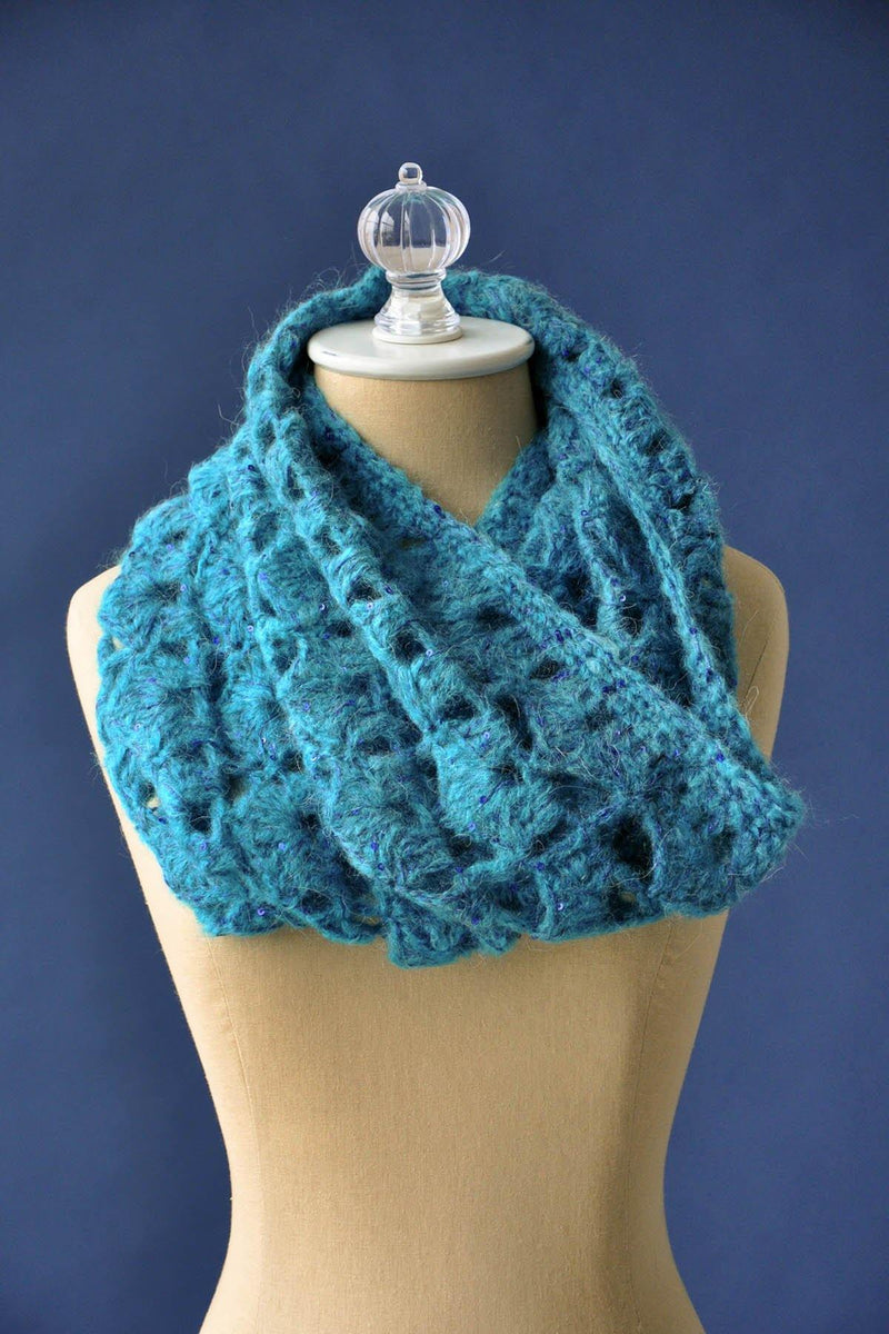 Beyond the Sea Cowl Pattern Universal Yarn