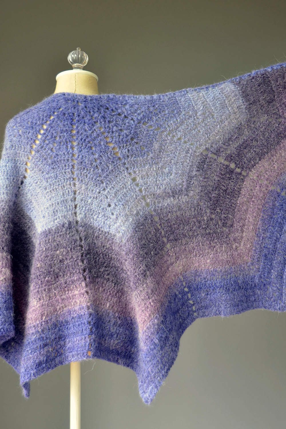 Allium Shawl Pattern Universal Yarn
