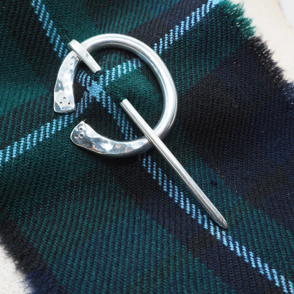 5mm silver kilt pin brooch with silver pin sterling silver kilt pin brooch and dksilver packaging with cotton jewellery bag dksilver artisan Scottish Silver made by Daniel Killeen jewellery accessories for men bracelets, cuffs, kilts pins and contact for bespoke service