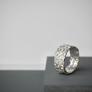 Pebble Ring 1