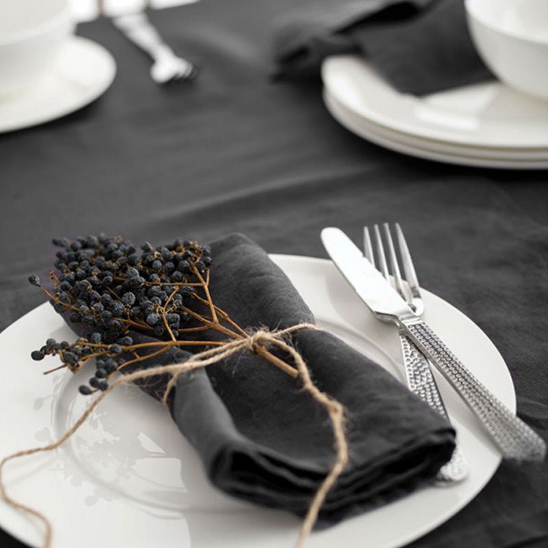 CHARCOAL TABLE LINEN