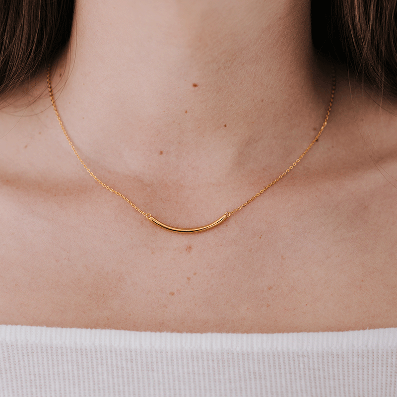 CONVEX BAR PENDANT NECKLACE