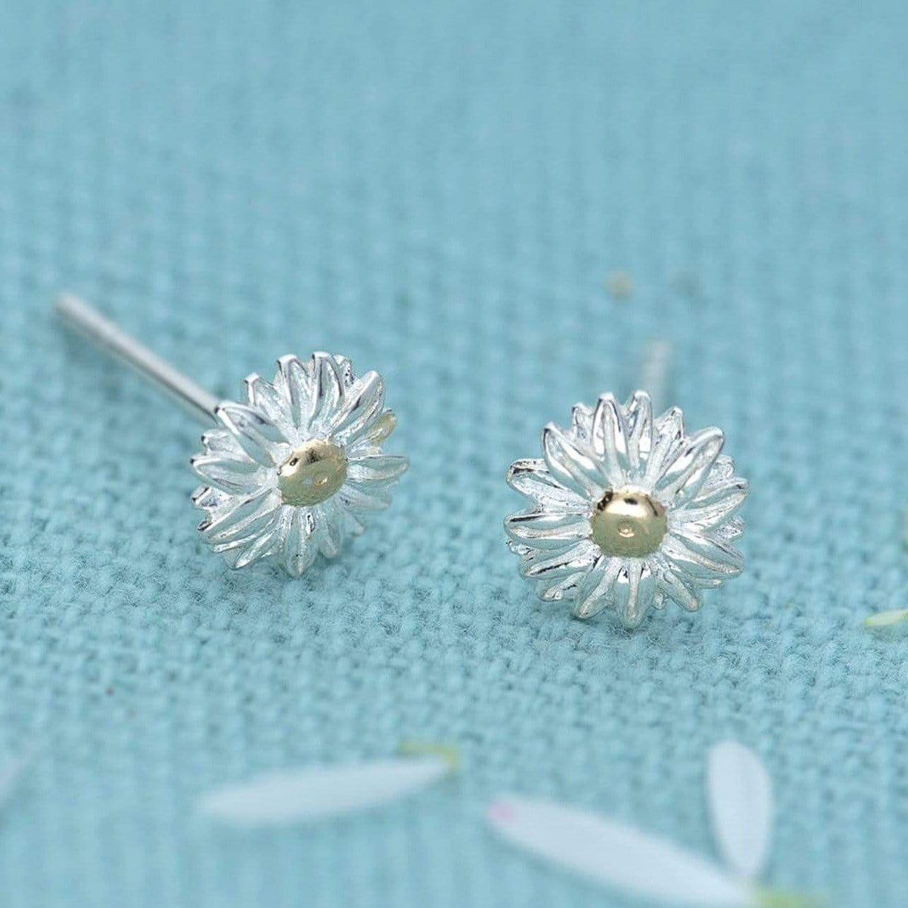 Silver Daisy Stud Earrings - Lily Charmed