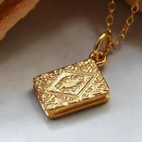 Personalised Gold Plated Custard Cream Necklace - Lily Charmed