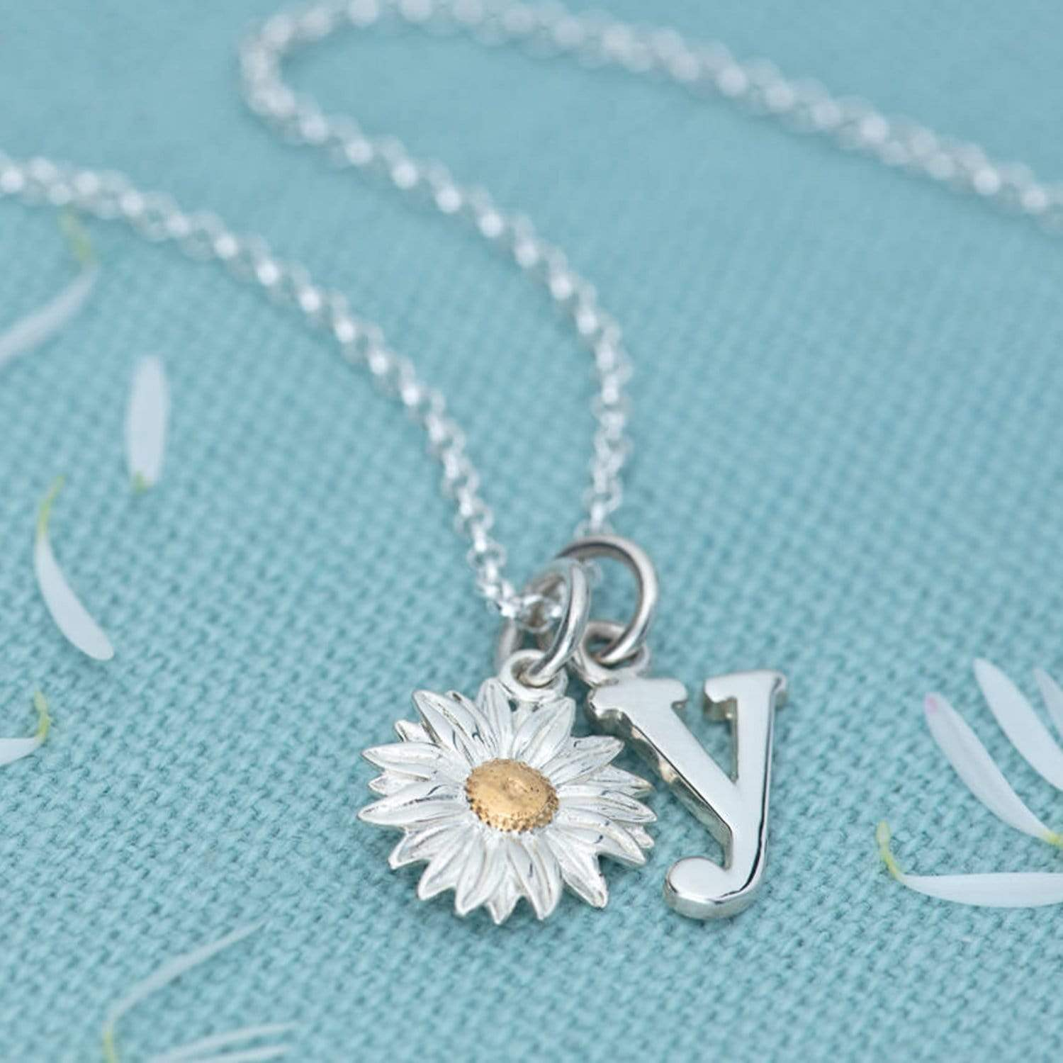 Silver Daisy Jewellery Set With Stud Earrings - Lily Charmed