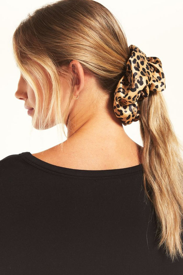 Oversized Leo Scrunchie