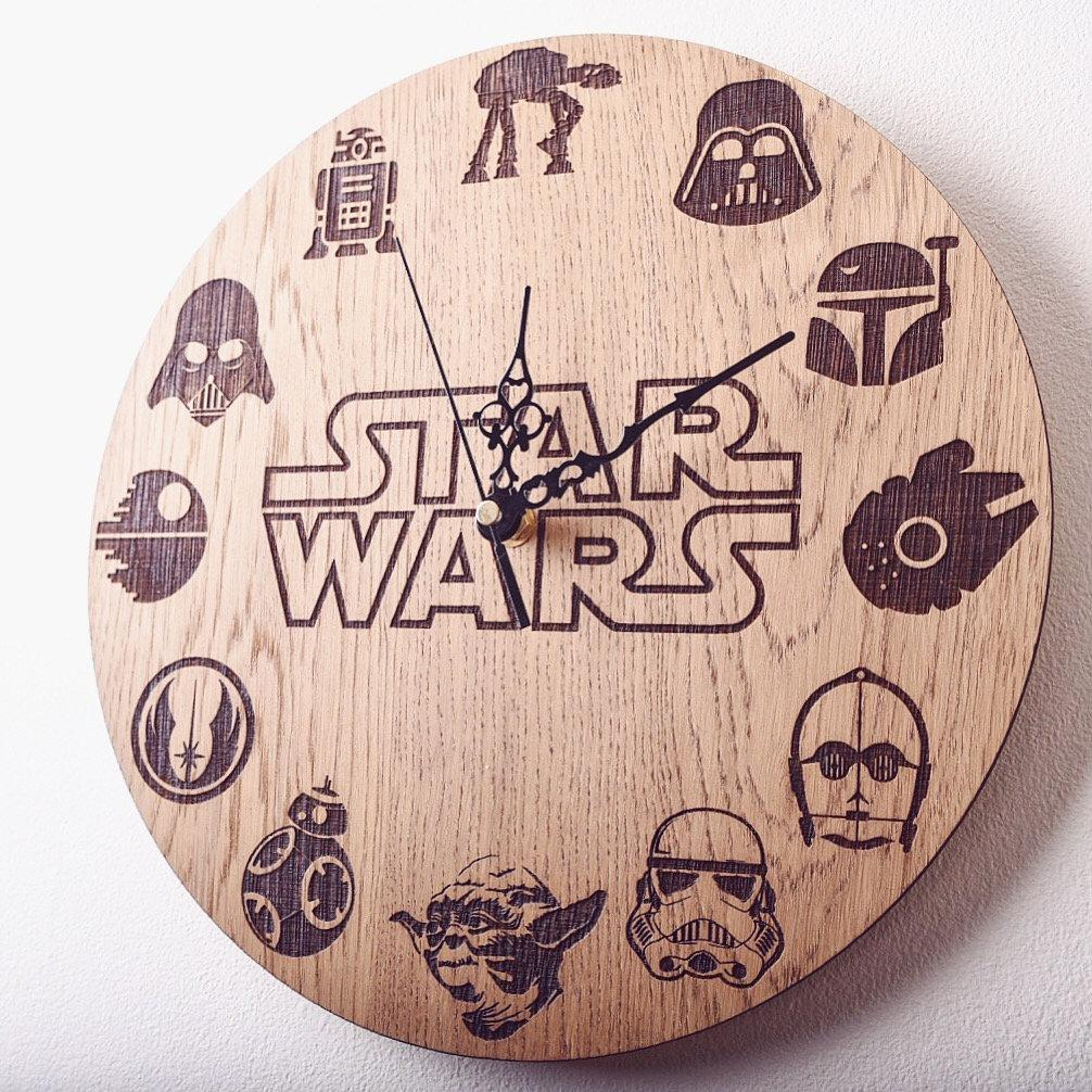 Star Wars Inspired Clock - HomeCreationss