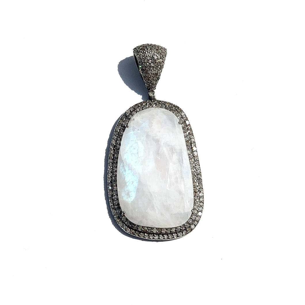 Moonstone Slice Surrounded with Double Diamond Exterior Enhancer