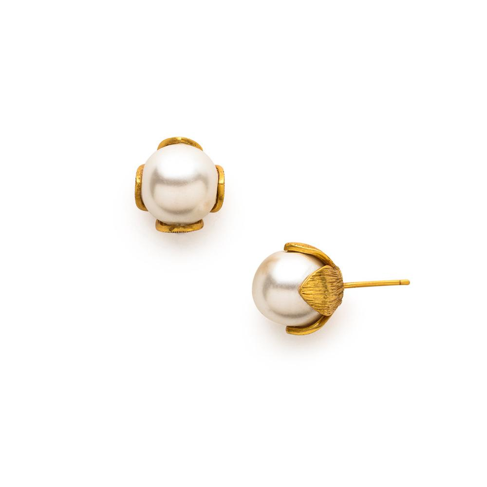 Penelope Stud Gold Pearl-Julie Vos-Anna Cate Fine Fashion Jewelry