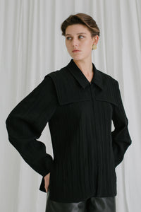 Anna zip front pleated shirt in black *webshop exclusive*